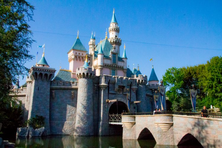 How many days are you planning to stay in Disneyland?