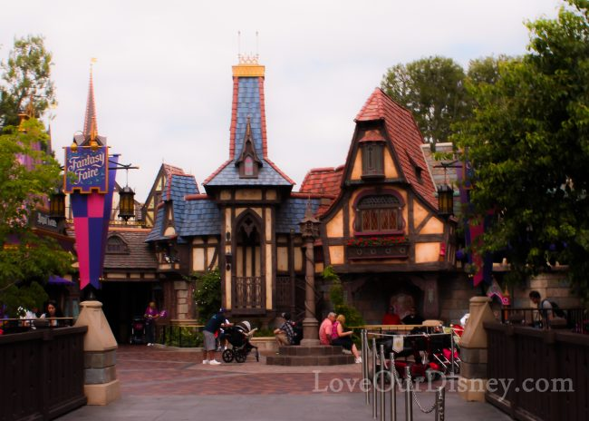 Exploring the Lands In Disneyland Park