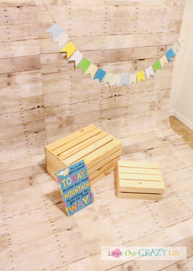 DIY photo backdrops for birthday and cake smash pictures. Plus other great photo tips.