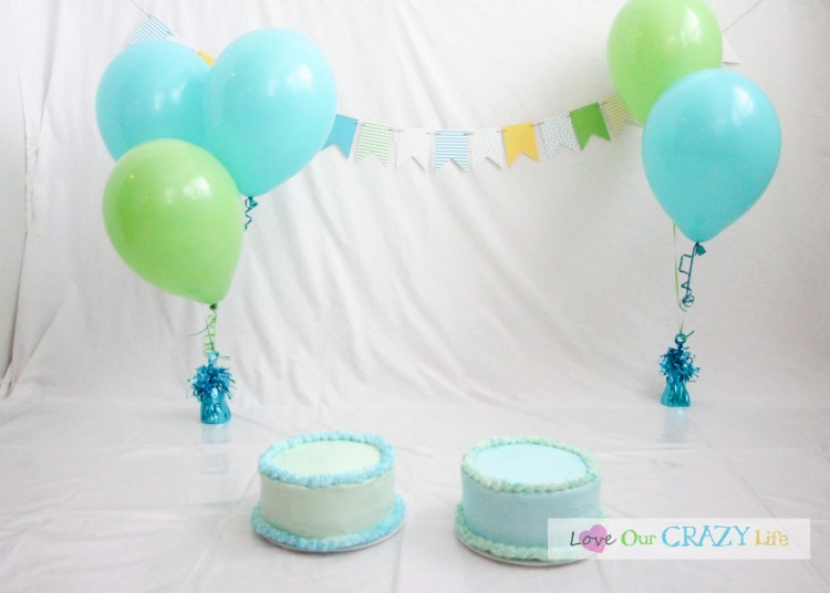 DIY cake smash pictures with lots of tips.