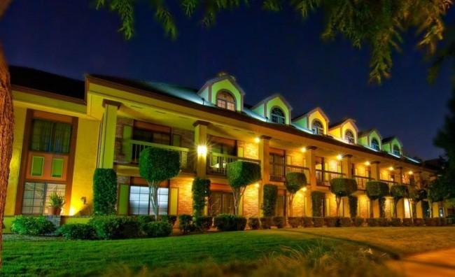 Hotels near Disneyland