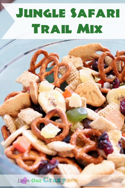 Jungle Safari Trail Mix is perfect for safari themed parties, trips to the zoo, and even a trip to Disney (Jungle Cruise).