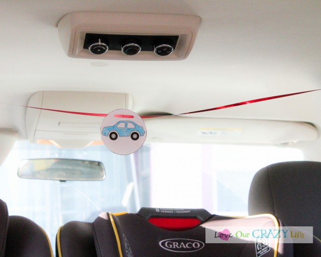 """Super cool travel trick for kids! Help stop the """"are we there yet"""""""