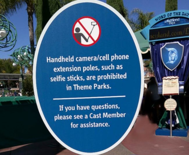10 Items Banned at Disney Parks