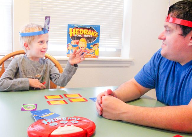 Headbanz™ Electronic Family Game Night