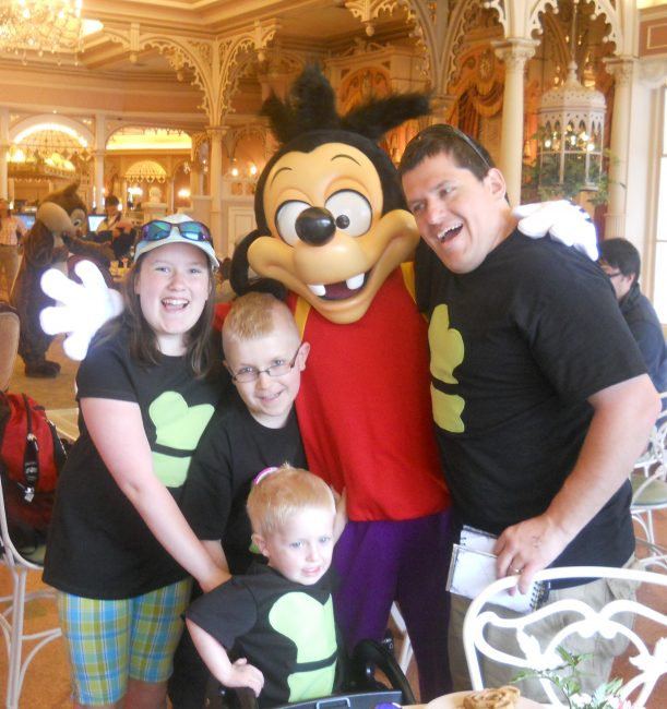 Disneylands Plaza Inn Breakfast