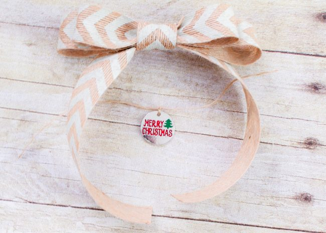 DIY Burlap Ornament bow