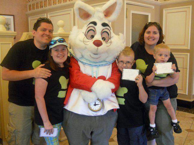 Disneyland's Plaza Inn Breakfast with Minnie and friends