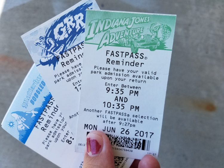 Disneyland's Digital Fastpass or the all Digital MaxPass? Which do you prefer on your vacation in Disneyland?