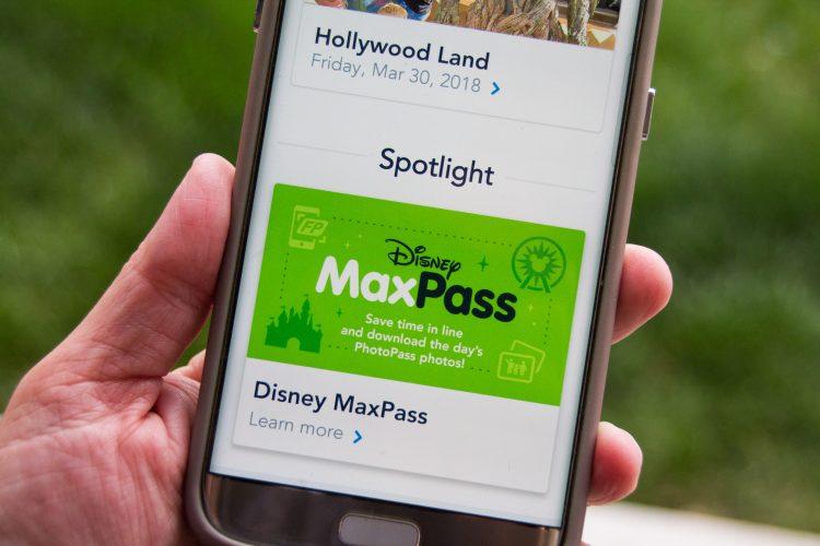 What are the downsides to the Disneyland MaxPass system of securing a spot in line for your favorite ride?