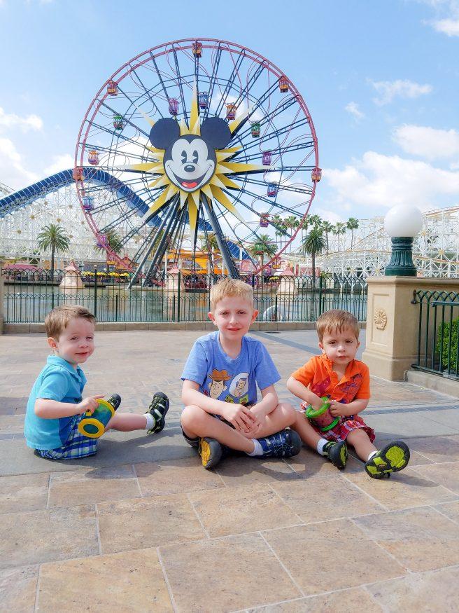 Take Amazing Disneyland Pictures