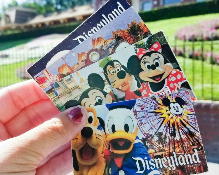 DIsneyland Tickets and Maxpass
