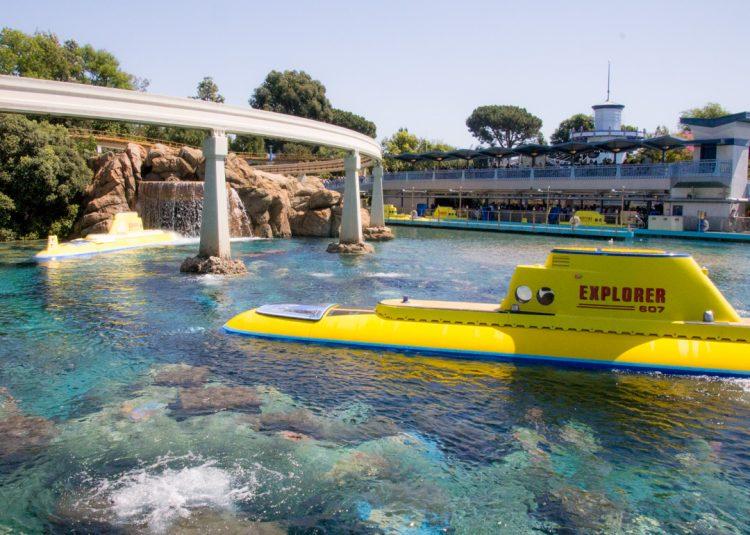 DIsneyland Finding Nemo Submarine Voyage