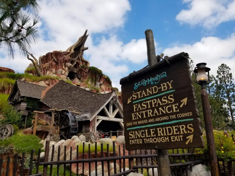 Have you ever had a ride break down at Disneyland? Check out how FastPass and MaxPass can make that easier to manage.