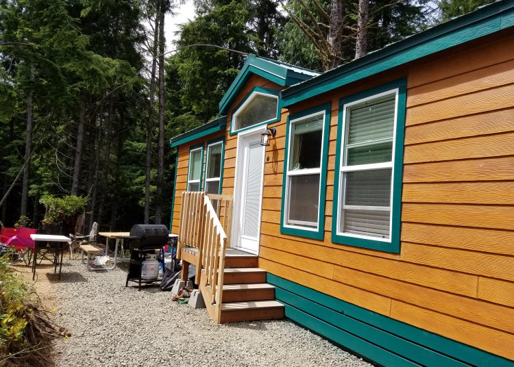 Cabin rental at South Jetty in Florence Oregon