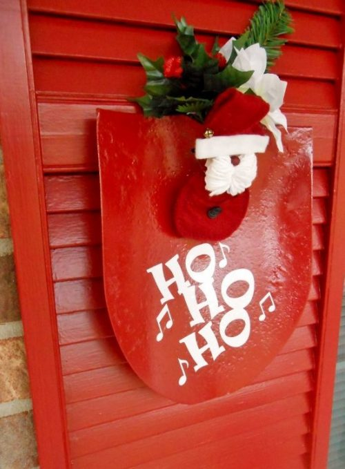 Repurposed Shovel Turned Santa Decor | 26 Inspiring and Easy Christmas DIYs | This Crazy Adventure Called Life