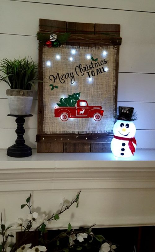 DIY Christmas Wood Burlap Sign | 26 Inspiring and Easy Christmas DIYs | This Crazy Adventure Called Life