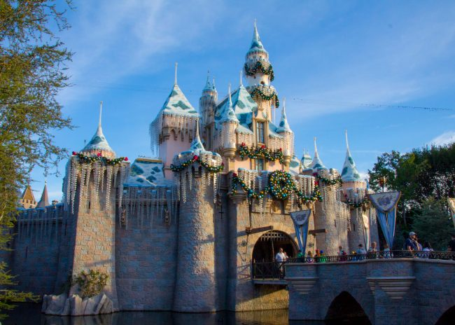 disneyland-during-holidays-castle
