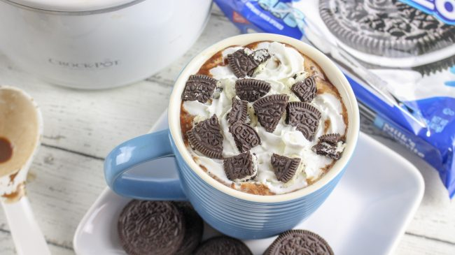 Cookies and Cream hot cocoa in the slow cooker