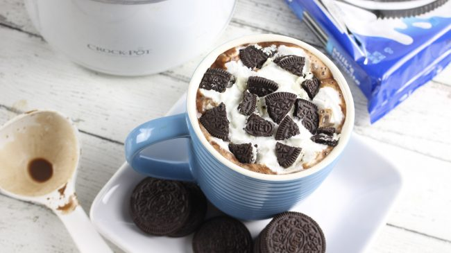 homemade hot chocolate, slow cooker cookies and cream