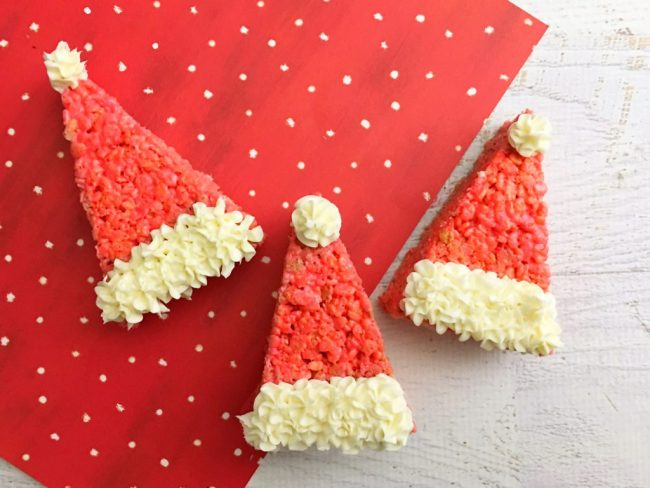 Looking-for-a-last-minute-Christmas-treat-These-cute-Santa-Hat-Rice-Krispie-treats-are-so-cute-easy-to-make-and-ready-in-no-time-8-1024x768