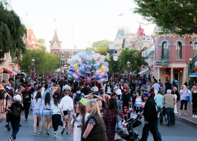 Disneyland crowds on a typical day in spring