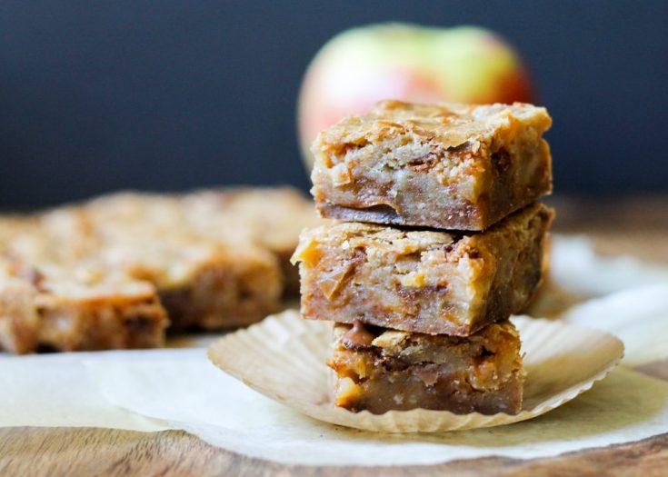 Apple Cinnamon Blondies • Bakerita